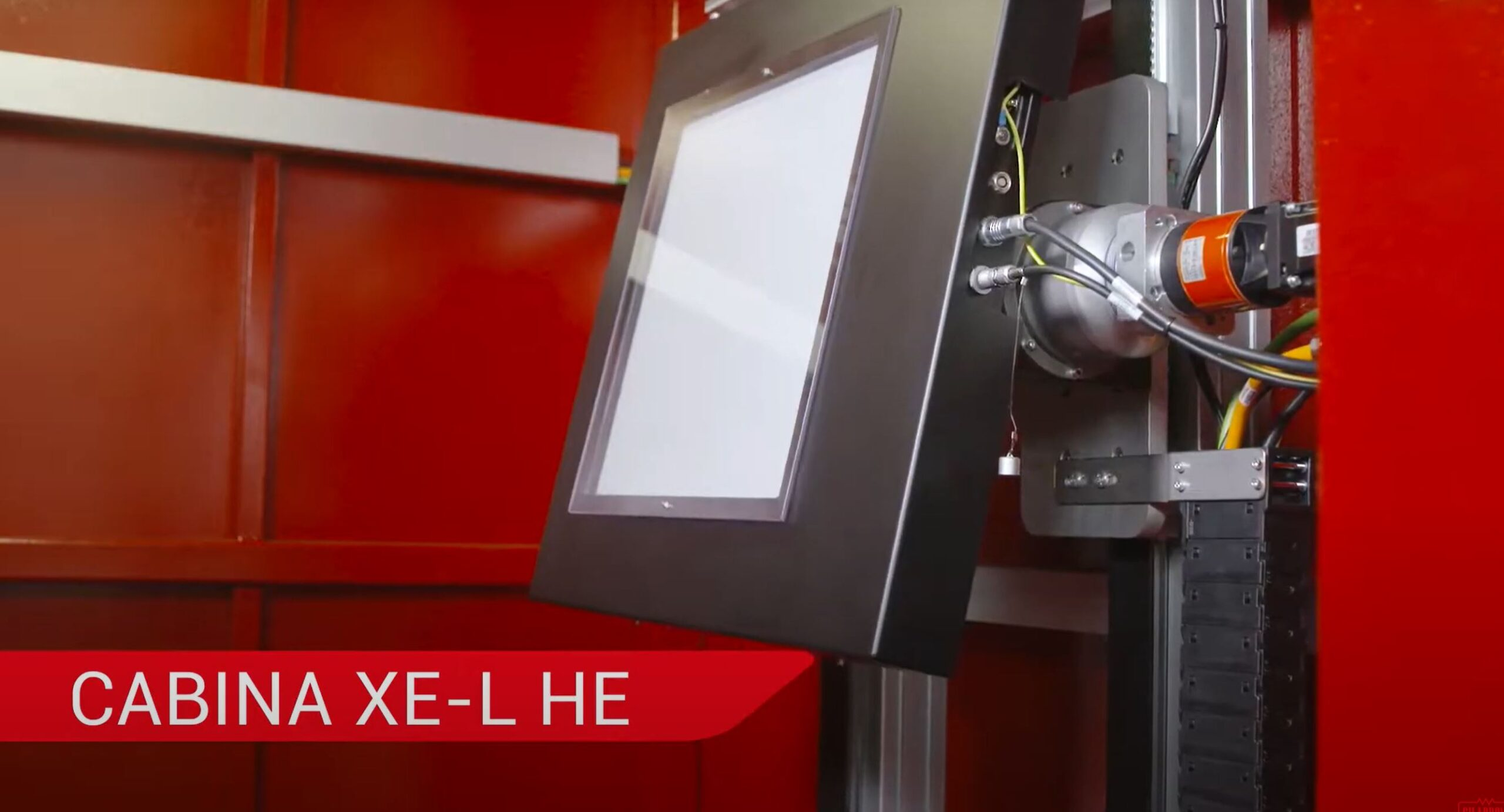 Un nuovo impianto per radioscopia e tomografia